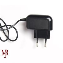 מטען חשמל לגלקסי עם חיבור מיקרו USBׂׂ עשוי מפלסטיק איכותי עם כבל באורך מטר