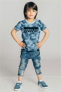 חולצת טריקו קצרה בהדפס קמופלאז' לבנים Kiwi בצבע כחול