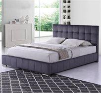מיטה זוגית מרופדת בד קטיפתי עם רגלי מתכת בגימור כרום דגם פטסי HOME DECOR