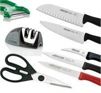 סט 8 חלקים לחיתוך הכולל סכינים משחיז ומספריים ARCOS ספרד