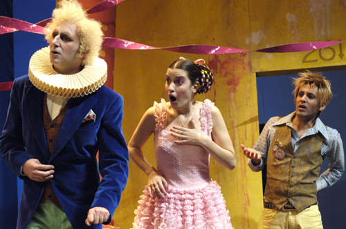 קיץ של תרבות! כרטיס פתוח למבחר הצגות מבית תיאטרון הקאמרי, כולל הצגות הקיץ בפארק הירקון, רק ב-₪75! משלוח חינם - תמונה 5