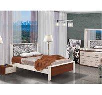 חדר שינה קומפלט עשוי עץ דגם מנשה הכולל מיטה זוגית, שתי שידות, קומודה ומראה