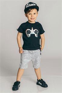 חולצת טריקו קצרה בהדפס פלייסטיישן מטאלי לבנים Kiwi בצבע שחור