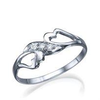"""טבעת יהלומים """"איזבל"""" בעיצוב לבבות משובצים יהלומים"""