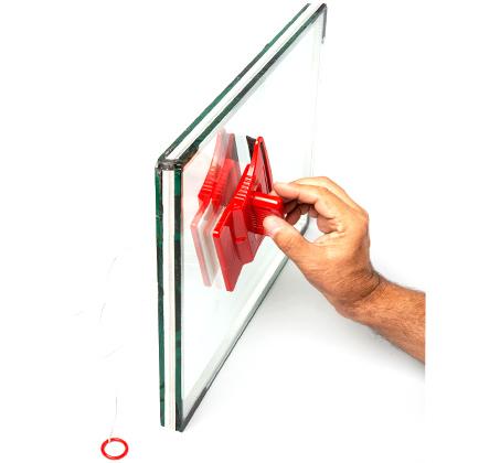 מנקה חלונות דו צדדי לבית ולמרפסת