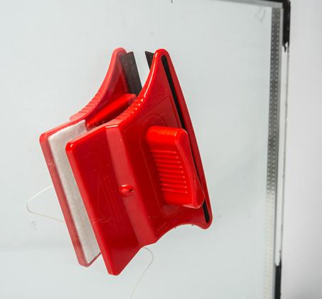 מגב הפלא לניקוי חלונות בידודית משני הצדדים בבית ולמרפסת ב-3 דגמים לבחירה BPATENT - תמונה 4