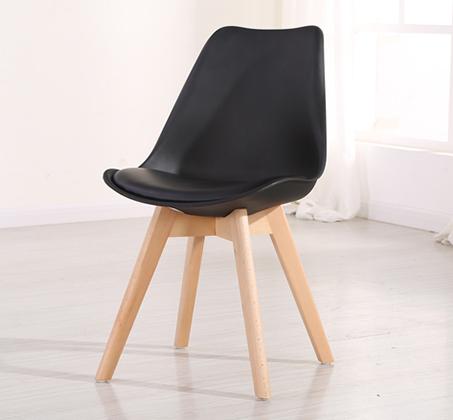 כיסא מעוצב לפינת אוכל דגם OSCAR עם מושב מרופד בדמוי עור מבית BRADEX - תמונה 5