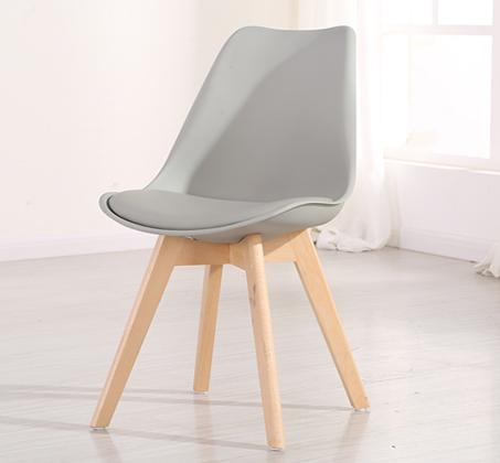 כיסא מעוצב לפינת אוכל דגם OSCAR עם מושב מרופד בדמוי עור מבית BRADEX - תמונה 3
