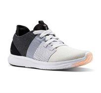 נעלי ריצה לנשים דגם CM8733 בצבע שחור אפור לבן