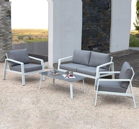 מערכת ישיבה הכוללת ספה דו מושבית, 2 ספות יחיד ושולחן דגם ונציה