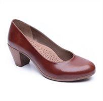 Seventy Nine - נעלי עקב קאמל בעיצוב קלאסי