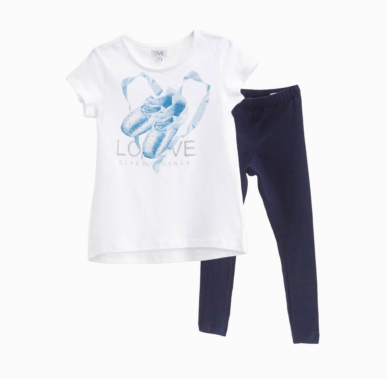 סט חולצה ומכנסיים OVS לילדות - לבן וכחול עם הדפס נעלי בלרינה