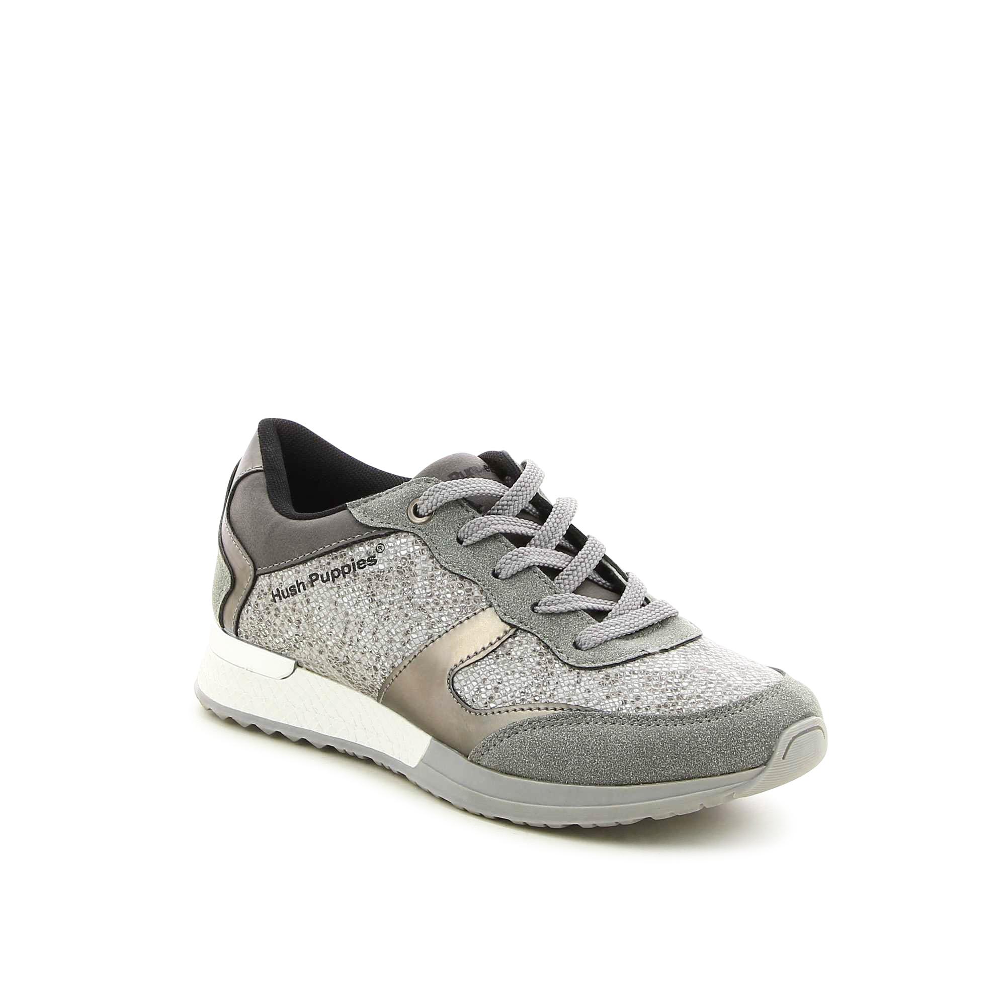 נעלי ספורט טקסטורות משתנות