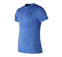 חולצת אימון New Balance לגברים בצבע תכלת