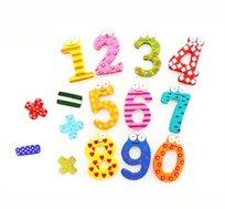 קחו מספר! סט מגנטים 15 חלקים הכולל את המספרים 0-9 ופעולות החשבון, חינוכי ויפה לכל בית, במחיר מדהים!