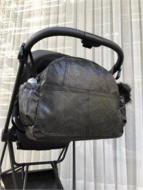 Bag - B תיק החתלה - שחור ורסאצ'ה