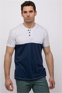 חולצת טי בטקסטורת מלאנג´ קולור בלוק