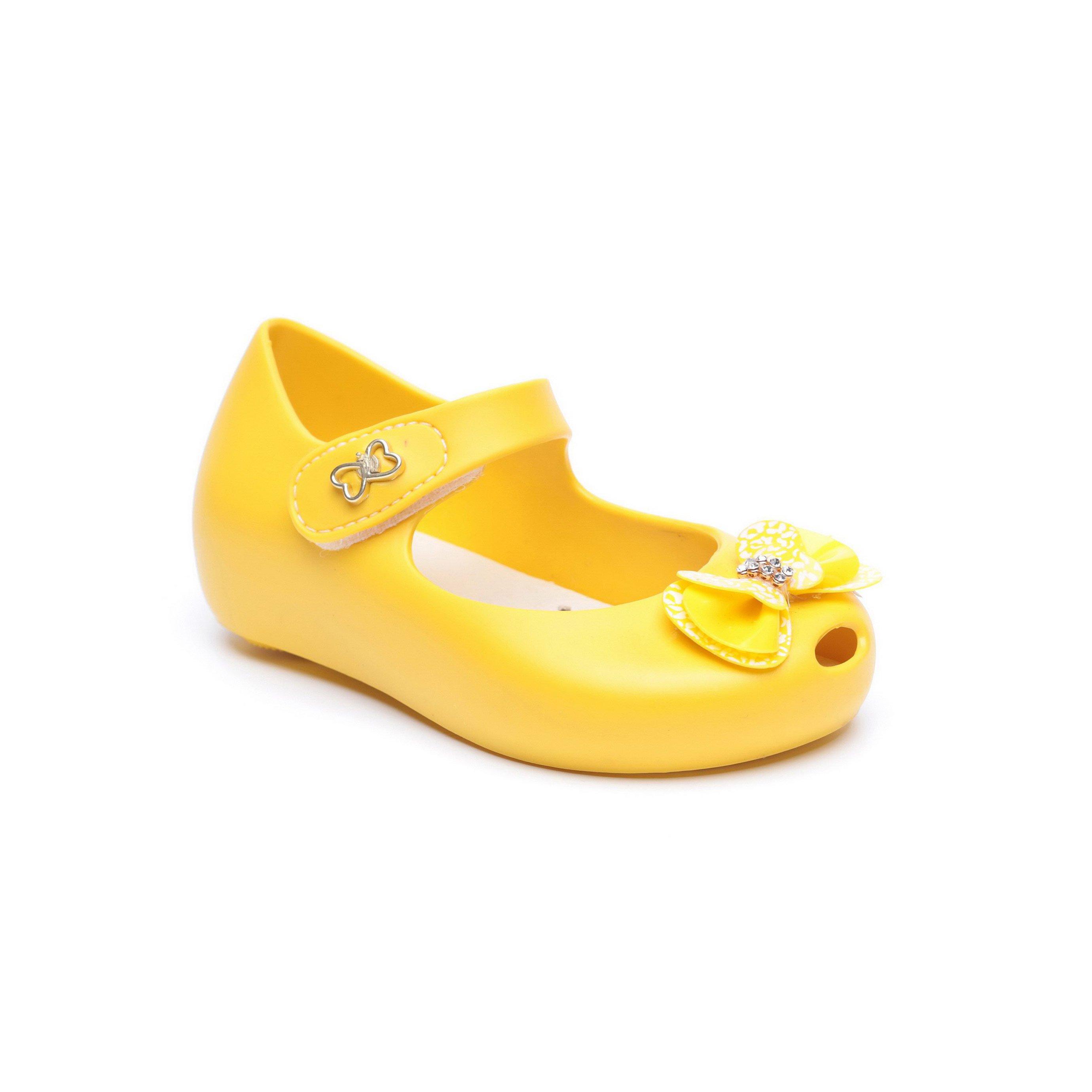Candy - נעלי בובה לילדות בצבע צהוב בעיטור פפיון
