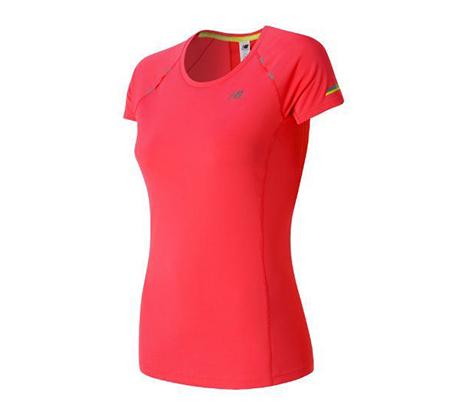 חולצת אימון לנשים - ורוד