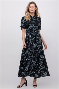 שמלת אריג מודפסת בגזרת חולצת אריגה