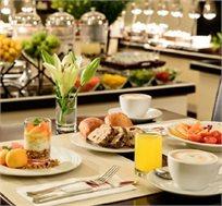 """2 לילות במלון 'לאונרדו ביץ' תל אביב' ביולי ע""""ב ארוחת בוקר החל מ-₪1490"""