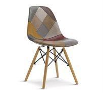 כיסא מרופד בעל רגלי עץ בעיצוב סקנדינבי
