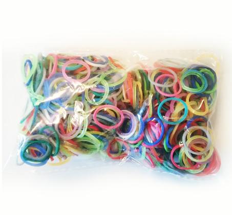 הלהיט העולמי 'loom bands' ערכה ליצירת צמידים מגומיות סיליקון צבעוניות - תמונה 2
