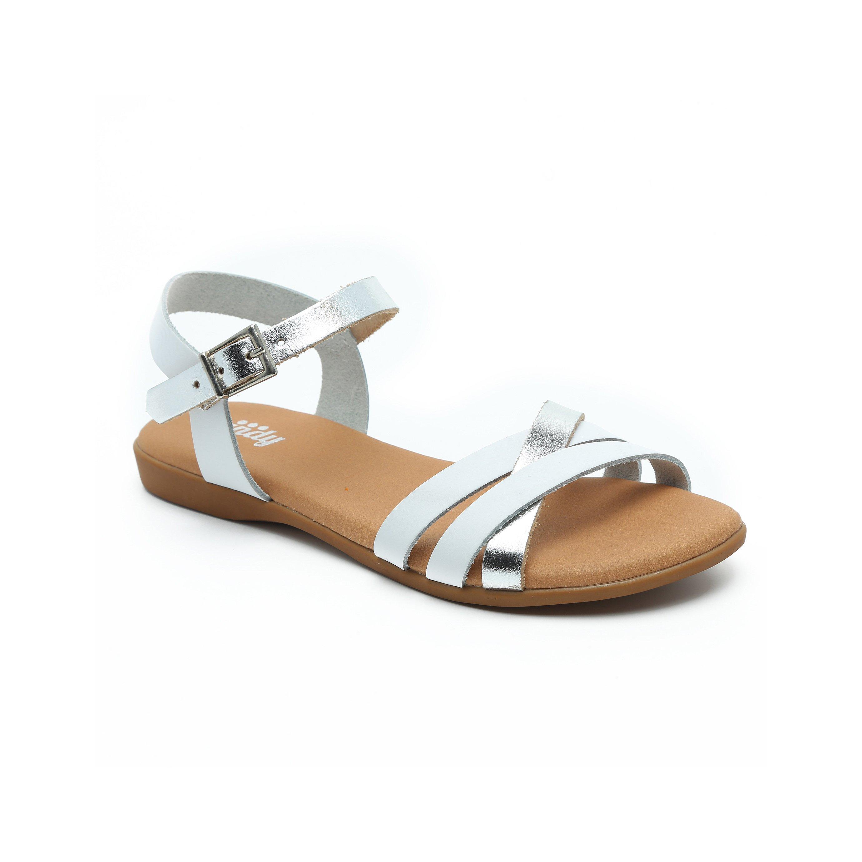 Candy - סנדלי רצועות מוצלבות בצבע לבן בשילוב מט מבריק