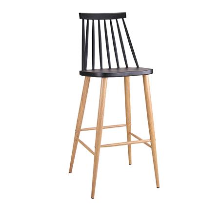 כסא בר במראה עץ לפינת אוכל בעיצוב מודרני בצבעים לבחירה  - תמונה 4
