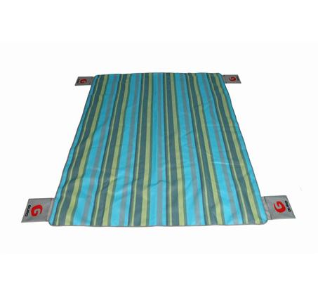 מחצלת חוף GURO נושמת ומסננת חול דגם No Sand Mat L