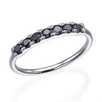 טבעת שורה המשובצת 7 יהלומים במשקל 0.40 קראט