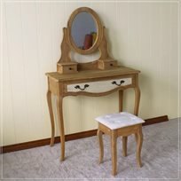 שידת איפור לבית מעוצבת בעיצוב ייחודי כוללת 3 מגירות לאחסון חפצים ותכשיטים וכסא תואם
