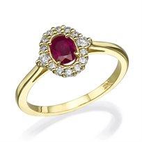 טבעת וינטאג' המשובצת אבן רובי במרכז הטבעת זהב צהוב