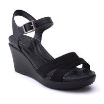 Crocs Leigh II Ankle Strap Wedge - סנדל עקב שחור בשילוב רצועות