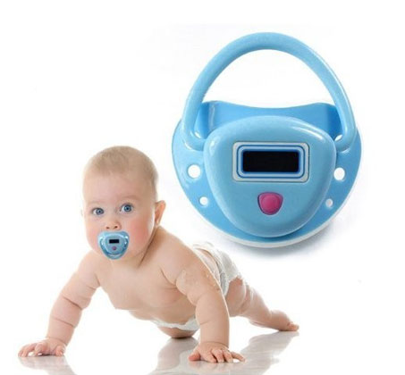 מדחום משולב במוצץ לתינוק