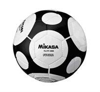 מגוון כדורי כדורגל מקצועיים ואיכותיים מבית MIKASA לאספלט ולאולם