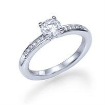 טבעת אירוסין זהב לבן פיונה 0.61 קראט בעיצוב קלאסי משובץ יהלומים