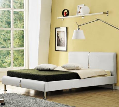 מיטה זוגית מרופדת בעיצוב מרשים עם בסיס עץ מלא ורגלי ניקל דגם נינה HOME DECOR  - תמונה 3