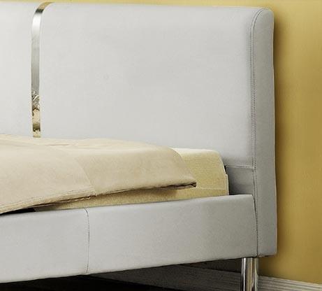 מיטה זוגית מרופדת בעיצוב מרשים עם בסיס עץ מלא ורגלי ניקל דגם נינה HOME DECOR  - תמונה 4