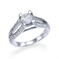 """טבעת אירוסין זהב לבן """"קלייר"""" 1.23 קראט בשיבוץ 4 שורות יהלומים"""