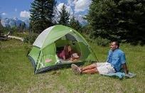 אוהל מאובזר עם כל מה שאתם צריכים ללינה נעימה בטבע - פרטיות, הגנה, אטימות למים ופתחי איוורור.