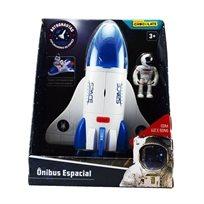 מעבורת חלל עם אסטרונאוט-אור וקולות