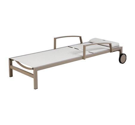 מיטת שיזוף עם גלגלים דגם OCLAND