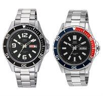 שעון יד מתכתי וספורטיבי לגבר מבית Q&Q עם תצוגת יום ותאריך ומחוגים זוהרים בחושך