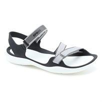 Crocs Swiftwater Webbing Sandal - סנדל שטוח בצבע אפורשחור עם רצועות מתכווננות