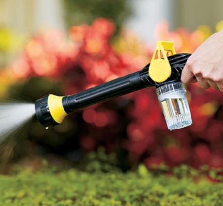 תותח מים סילוני לניקוי מהיר ואפקטיבי