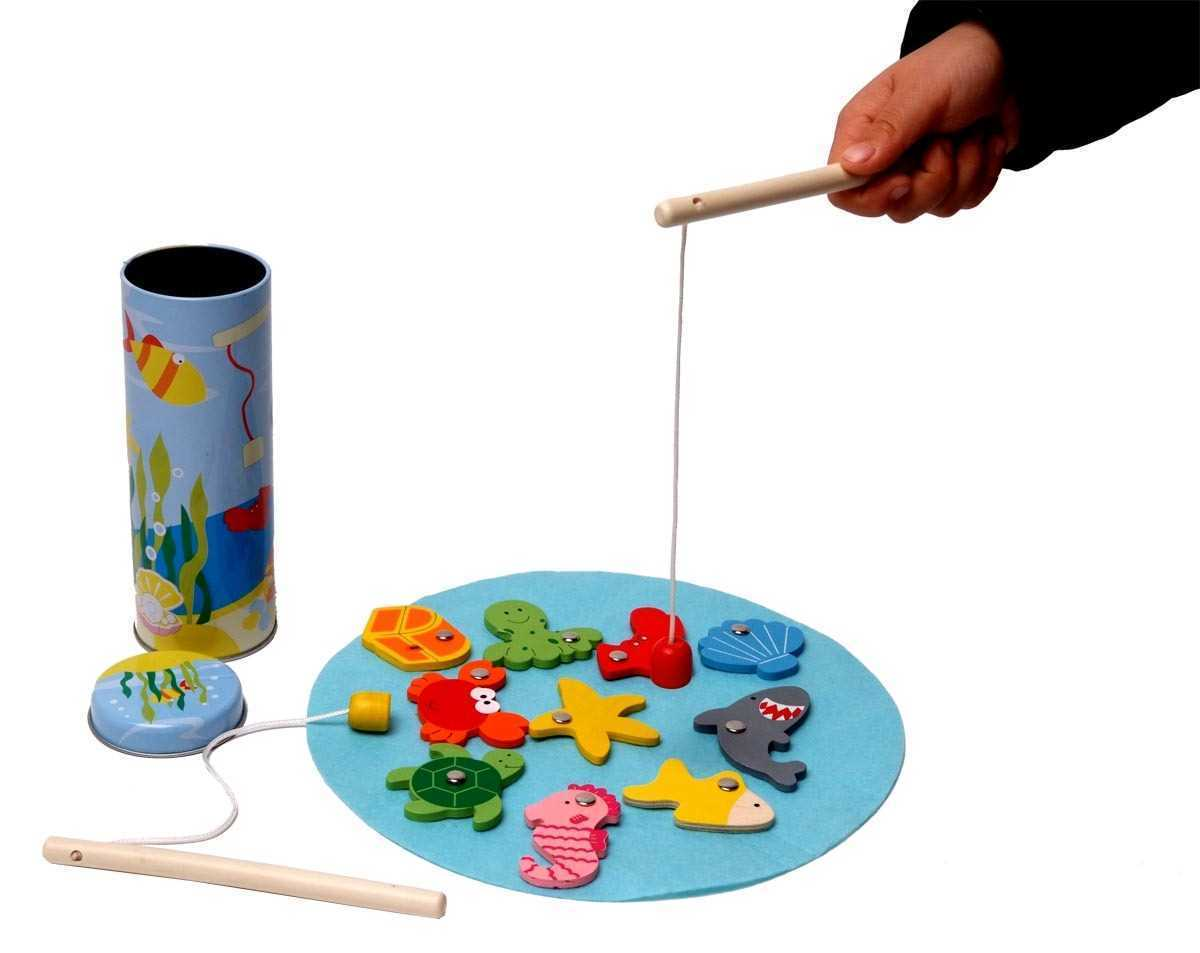 משחק דגים עץ מגנט