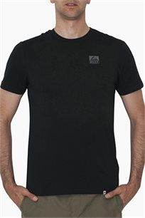טי שירט קצרה לגברים Reef עם לוגו קטן בצבע שחור