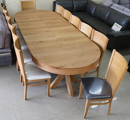 סט שולחן אוכל עגול נפתח עד למעלה מ-3 מטר כולל ארבע כסאות מרופדים עשוים עץ אלון מבוקע - תמונה 5