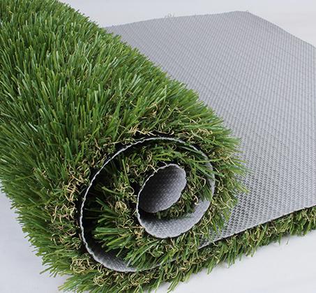 שטיח כניסה הביתה עשוי דשא סינטטי באיכות מעולה המדמה דשא אמיתי  - תמונה 3